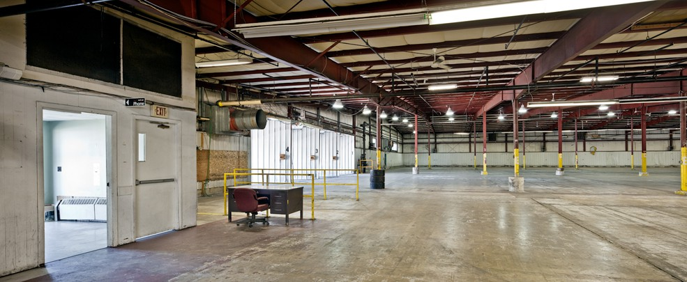 Warehouse space from 1,000 sq ft up to 100,000 sq ft minutes from I95